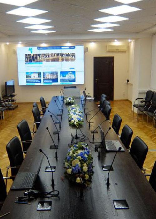 Системы для зала совещаний: полный обзор